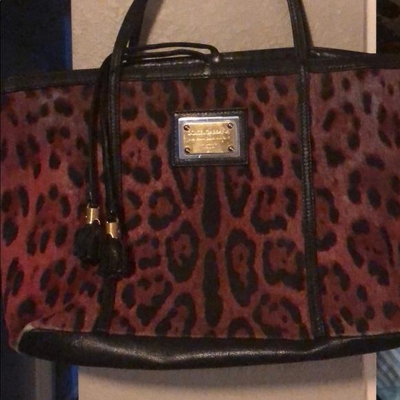 d17ab13af0 Dolce   Gabbana Handbags - Dolce   Gabbana Red Tasseled Leopard print tote